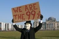 Guy Fawkes Maske vor dem Reichstag